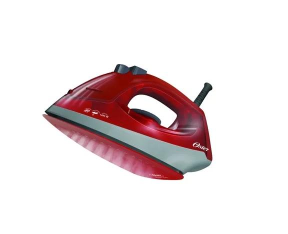 Plancha de vapor Oster base de cerámica rojo.