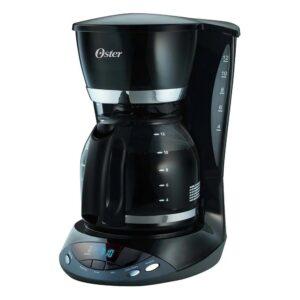 Cafetera negra programable 12 tazas.